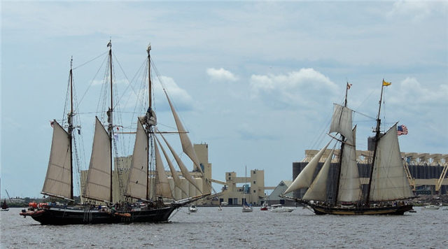 Harbor, tall-ships-duluth